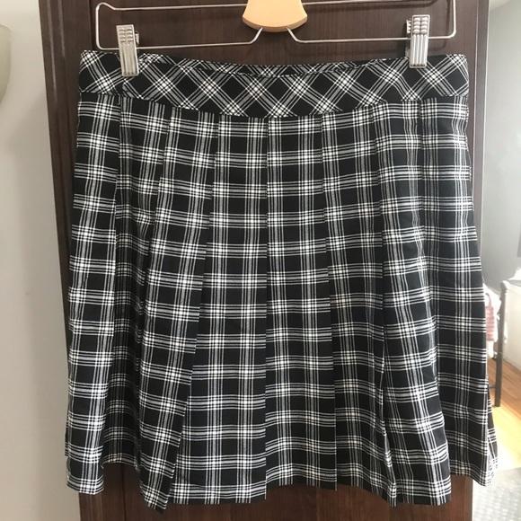 💕3 for 20💕 Plaid Skirt